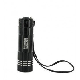 Lampe 9 leds flashlight coque noire
